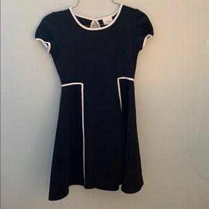 Girls Disney D-Sign Black Cute and comfy dress 7/8